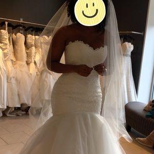 Romona Keveza wedding gown (ivory)